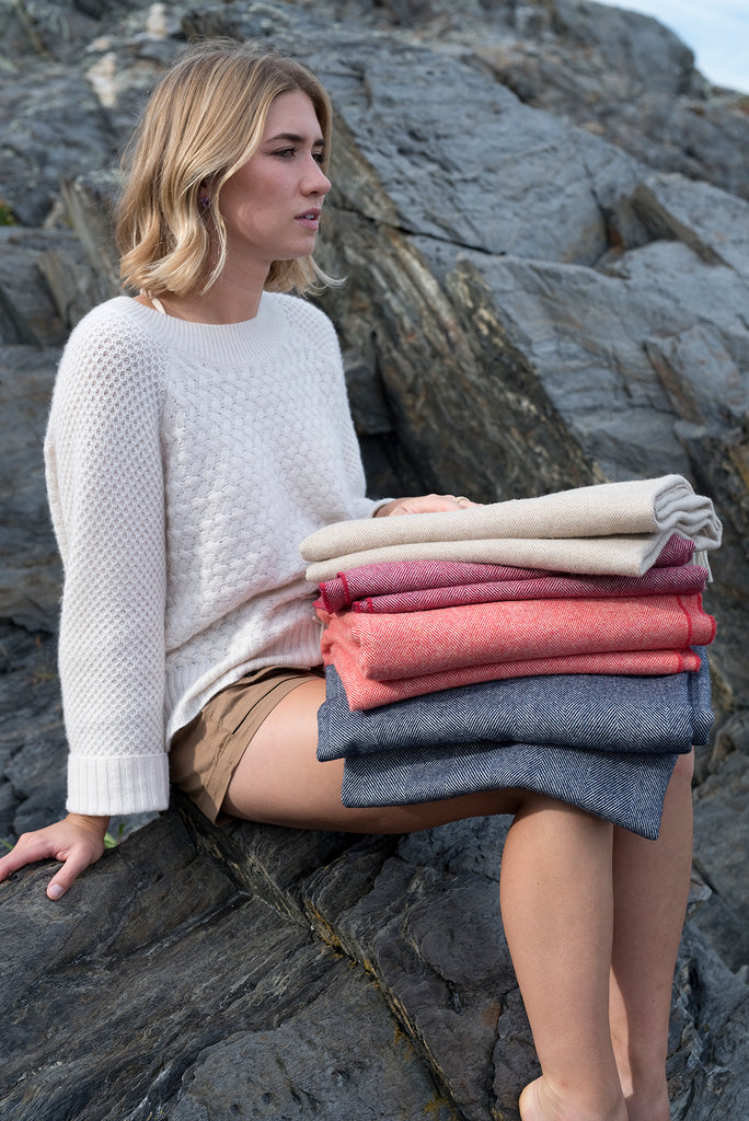 Merino Wool Collection Throw in Oatmeal
