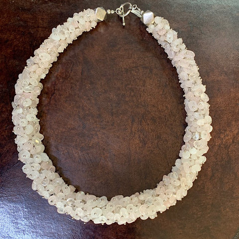 ROSE QUARTZ ROPE NECKLACE