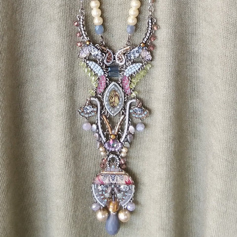 LONG STATEMENT AYALABAR NECKLACE