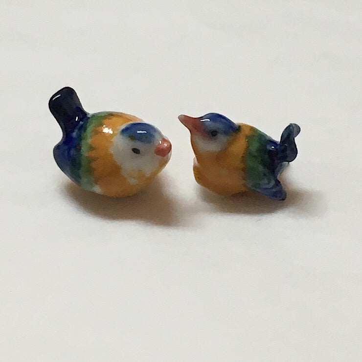 PORCELAIN TRINKETS PAIR OF TINY BIRDS