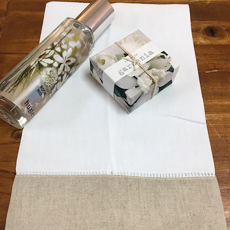 LINEN HAND TOWELS WITH TAUPE TRIM