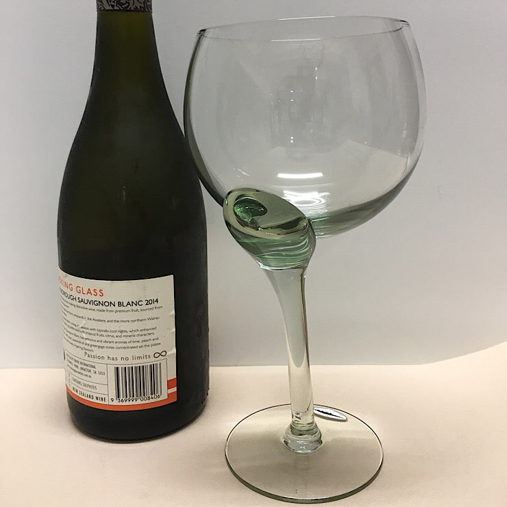 Crooked Giant Wine Glass Spinifexcollections