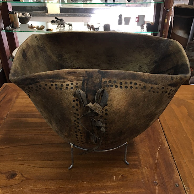 VINTAGE HARD WOOD BOWL TURKANA TRIBE