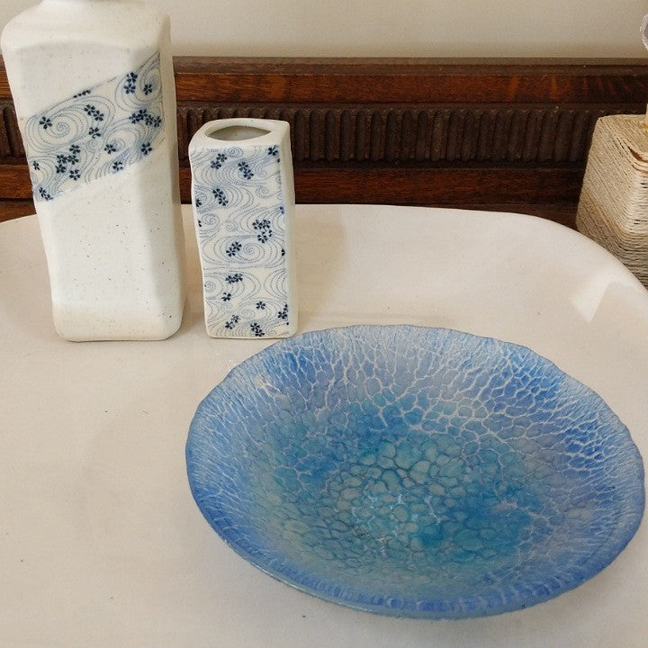SMALL TEXTURED BLUE GLASS BOWL