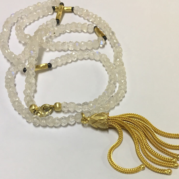 MOONSTONE NECKLACE 60CM WITH GOLD TASSEL PENDANT