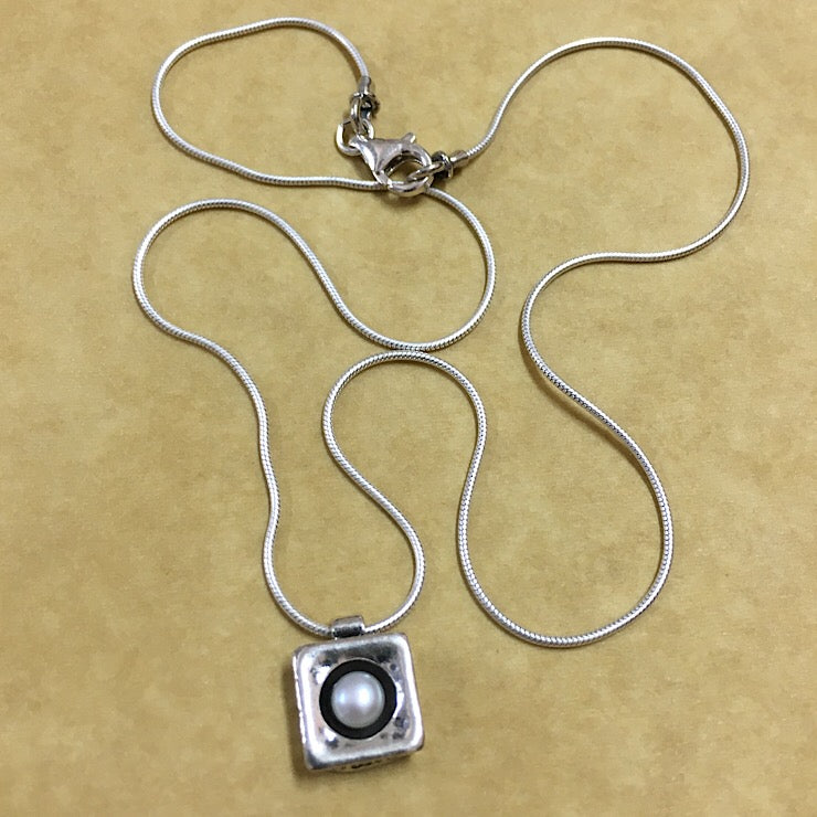PEARL SET IN SQUARE SILVER PENDANT ON STERLING CHAIN NECKLACE