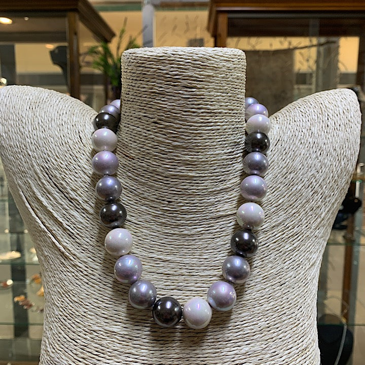 TWO TONE GREY BLACK PEARL NECKLACE