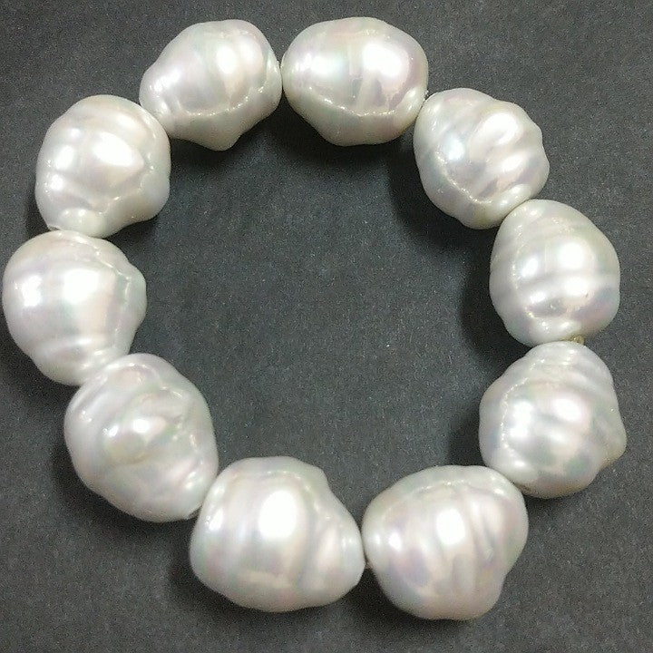 BAROQUE STYLE PEARLS BRACELET STRETCH
