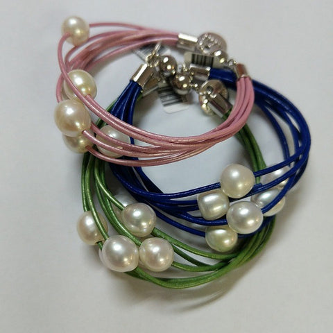 EGG PEARLS ON 7 STRAND LEATHER BRACELET
