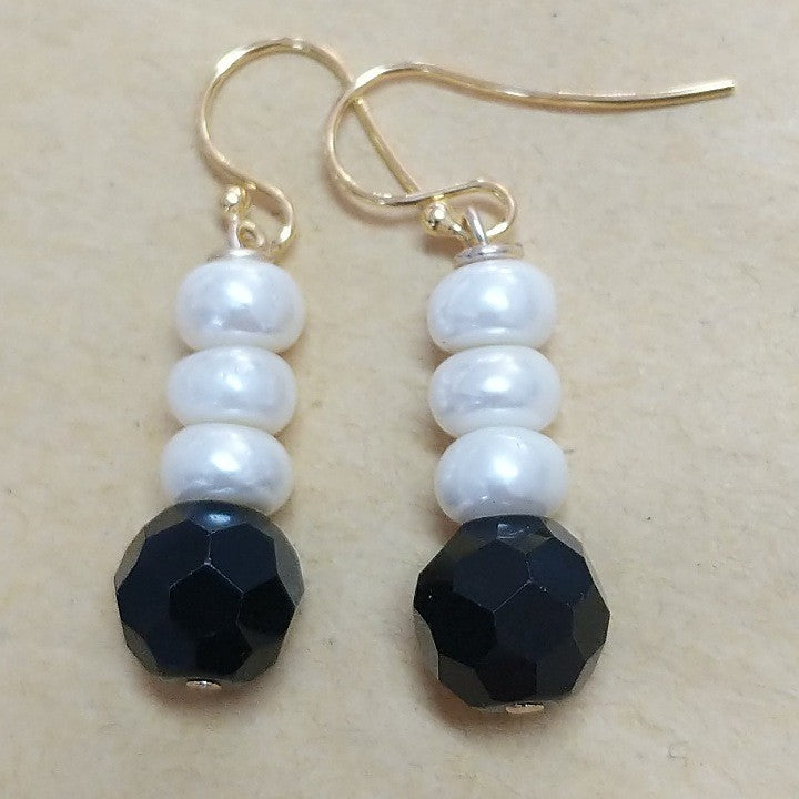MOKO EARRINGS FRESHWATER PEARLS BLACK CRYSTAL HOOKS