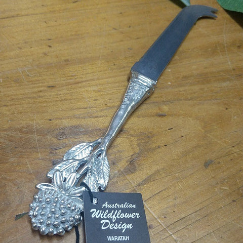 AUSTRALIAN MADE SILVER PEWTER CHEESE KNIFE WARATAH