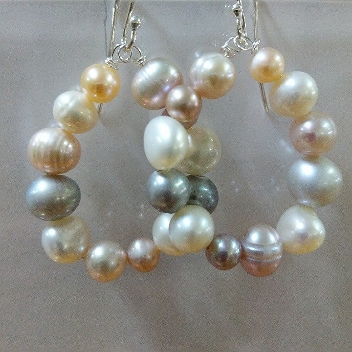 MOKO EARRINGS NATURAL COLOUR FRESHWATER PEARLS