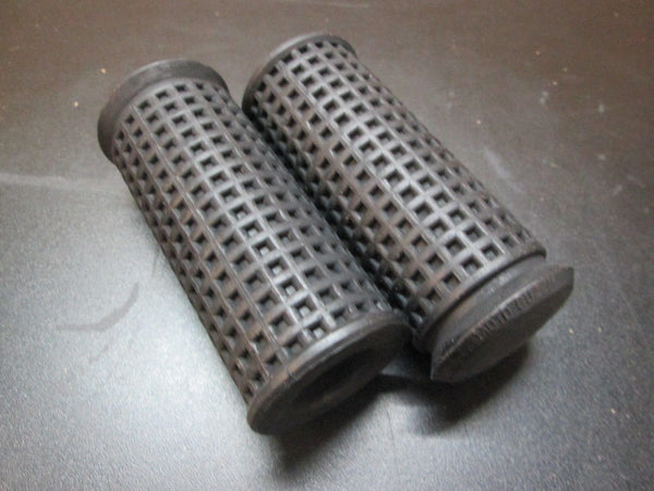 Moto Guzzi Foot Peg Soft Rubber Pair 850T 850T3 V7 Sport G5 LeMans 14443200