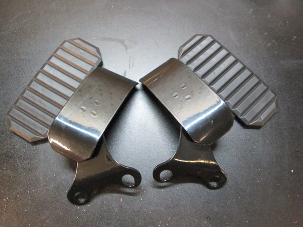 Moto Guzzi Knee Head Guard - Round Fin Models T3 and Later 18941450/1050