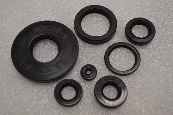 Honda 1969-76 CB750 CB750K Engine Oil Seal Kit Set - Made in Japan