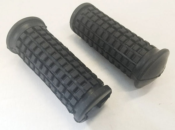Honda CB77 CB72 Superhawk Front Foot Peg Rubbers Set - Reproduction