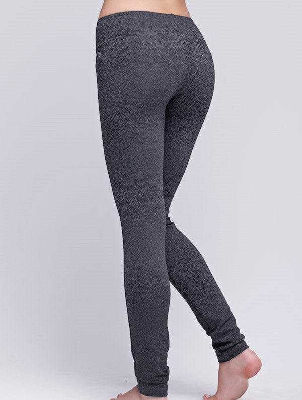 Curved Back Skinny Pants