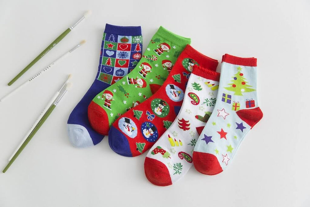 Teens Girls Christmas Socks Colorful Cartoon Pattern Crew Socks