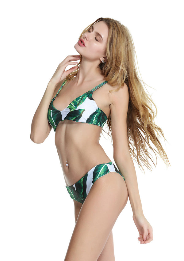 2pcs Women Summer Leaves Printed Halter Padded Swimsuit Bikini
