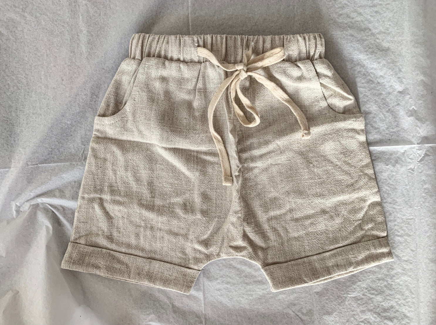 Billie linen shorts