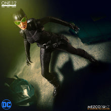 CATWOMAN - ONE:12 Collective - MEZCO