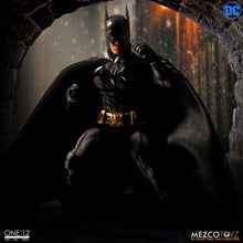 **PRE-ORDER** - BATMAN SOVEREIGN KNIGHT - ONE:12 Collective - MEZCO