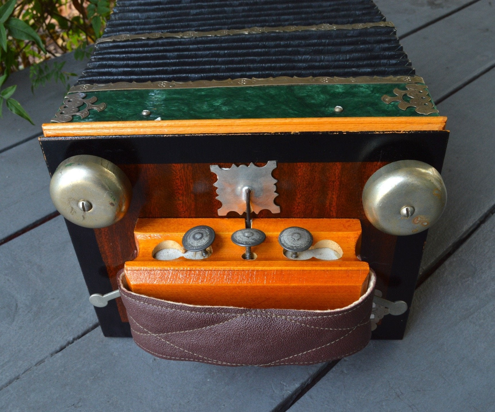 Russian Button Accordion w/ Bells (used) – Lark in the Morning