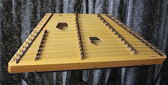 Hammered Dulcimers 14/13/8 Chickadee Chromatic Hammered Dulcimer Package