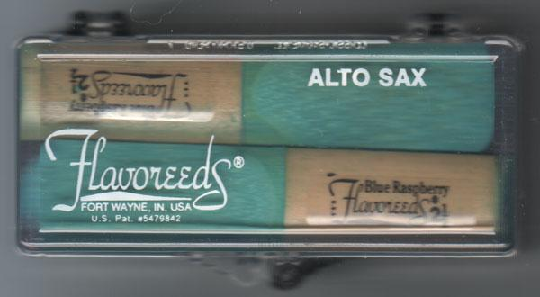 Reeds Blue Raspberry Alto Sax Flavoreeds, 1.5, 2 reeds with case