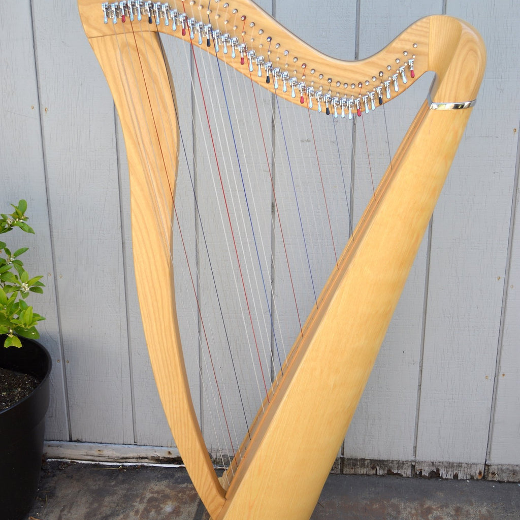 Round Back Harp 38 Strings, Ash