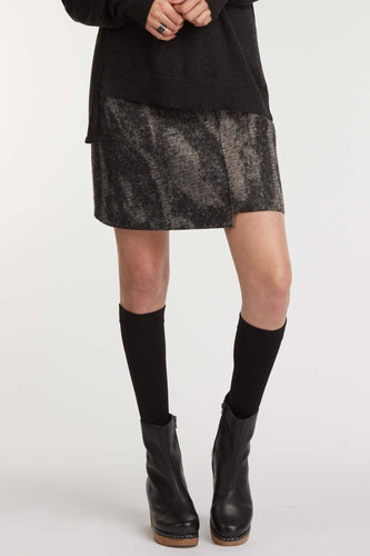 Notch Hem Skirt