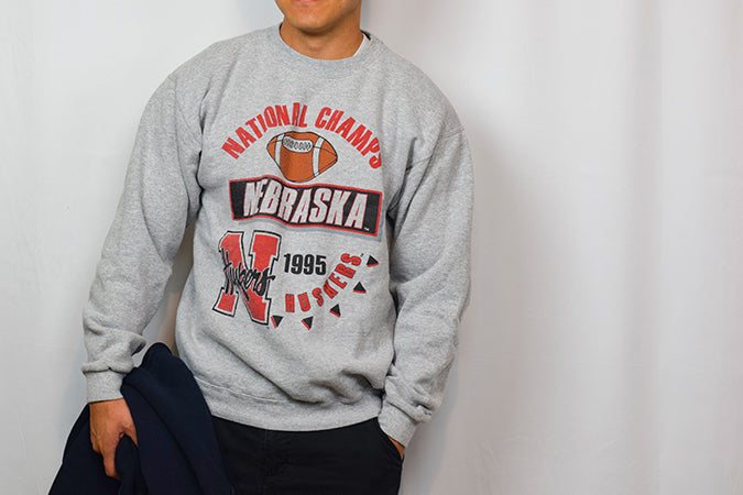 1995, NATIONAL CHAMPS - SIZE MEDIUM (FITS LARGE)