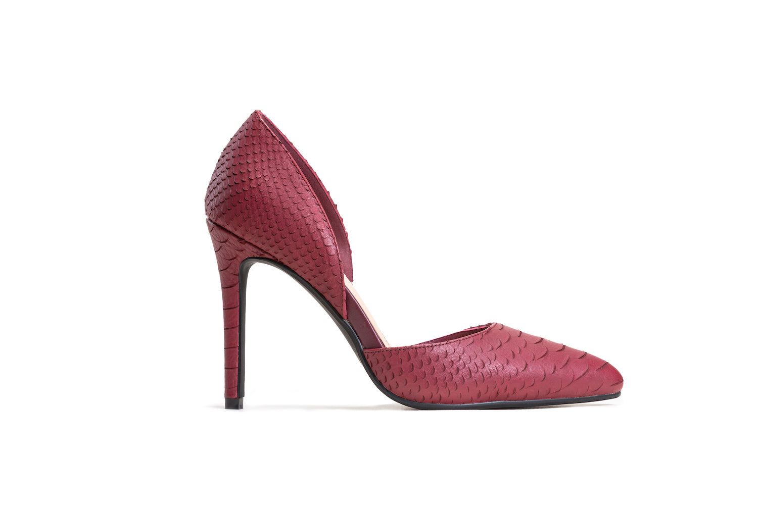 Red crocodile textured leather pumps