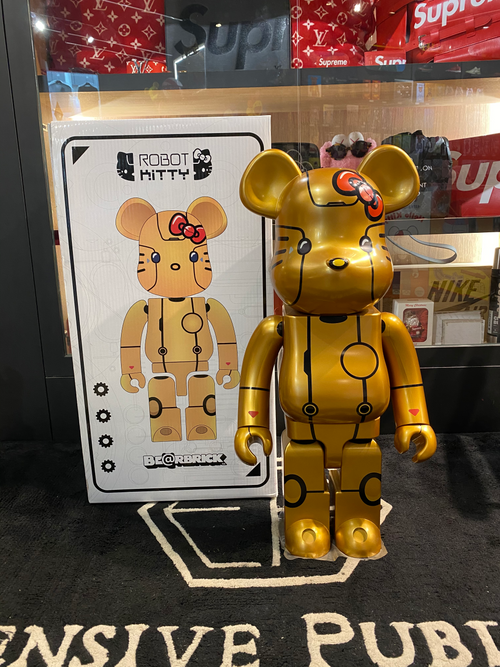 1000% HELLO KITTY ROBOT KITTY (GOLD VERSION)