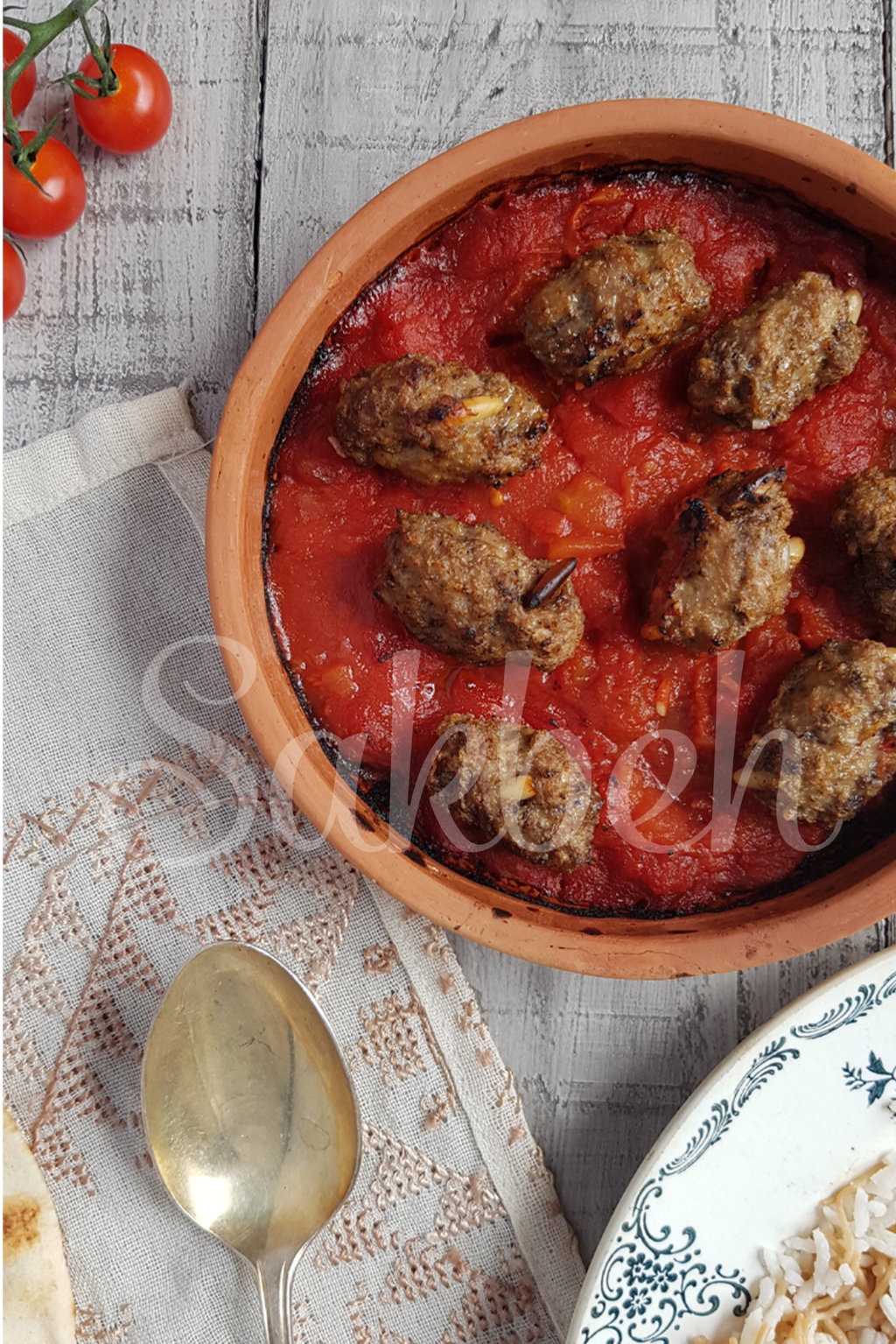 Kabab Hindi - Kabab meatballs in a tomato and onion stew