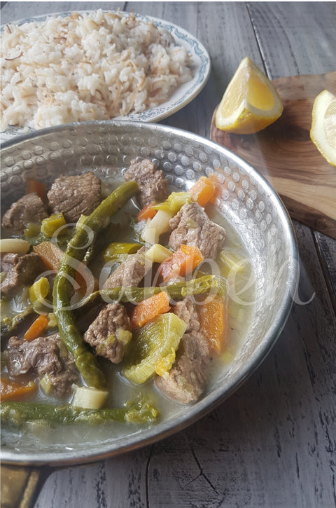 Moazat Bil Halyoon - Asparagus, leeks and carrots with lamb chunks