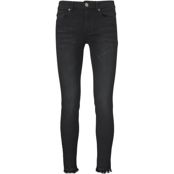 Diva Cropped Edgy Black