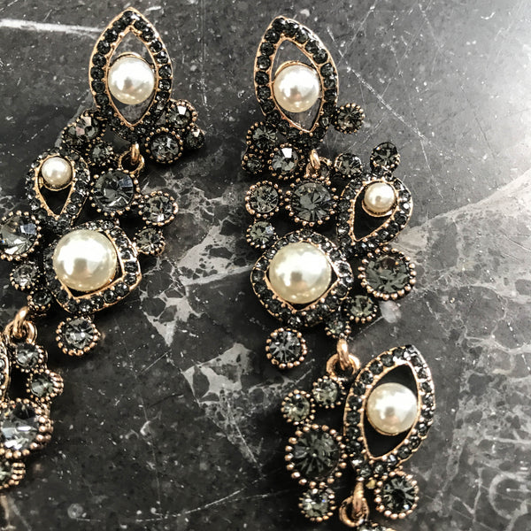 Pearls and antique zirconia