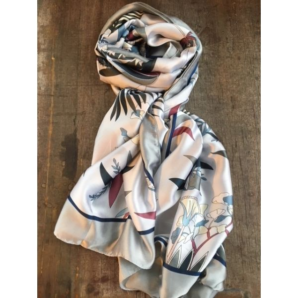 Flower Scarf Light Grey