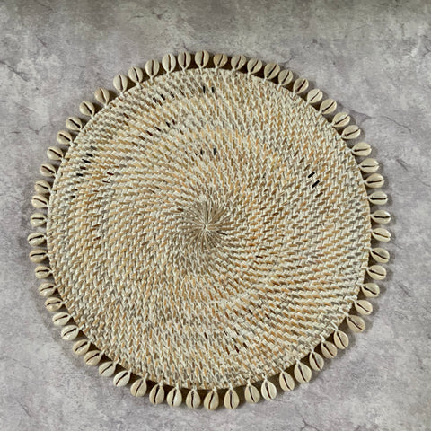 Shell Rattan Black Placemats