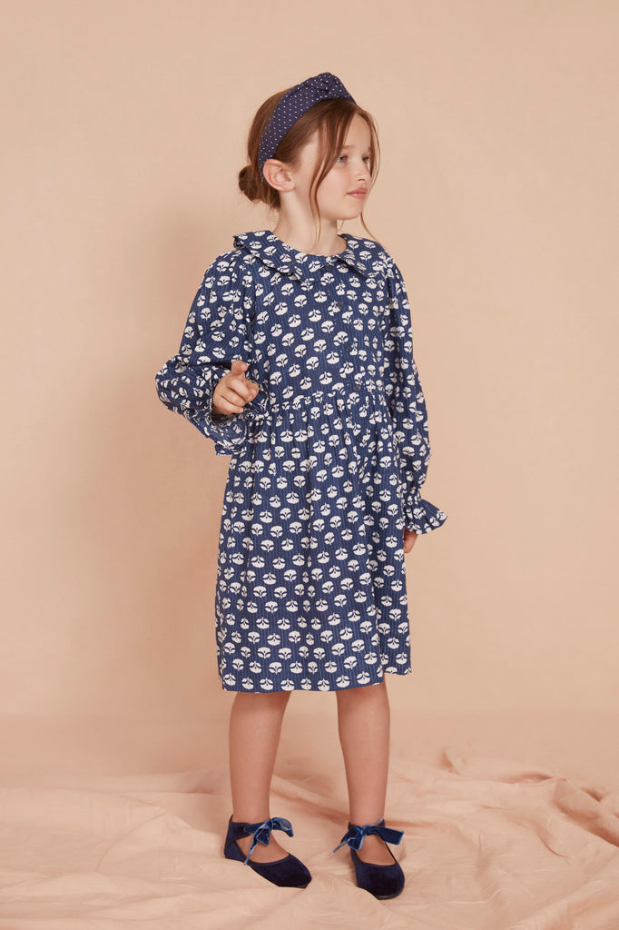 THE LITTLE SCALLOP COLLAR DRESS | Indigo Flower Cotton