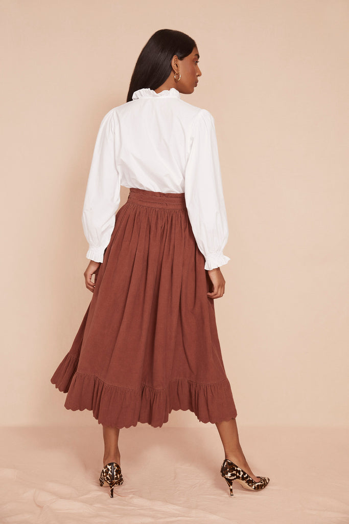 THE SCALLOP SKIRT | Cognac Brown Baby Thin Corduroy
