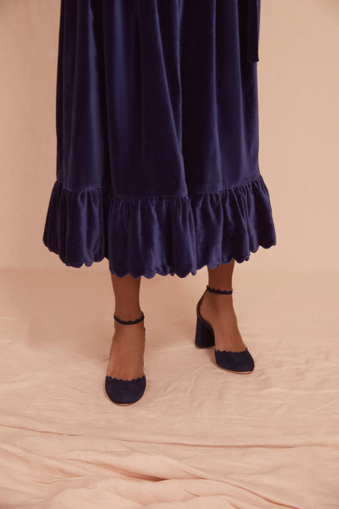 THE SCALLOP SKIRT | Navy Blue Cotton Velvet