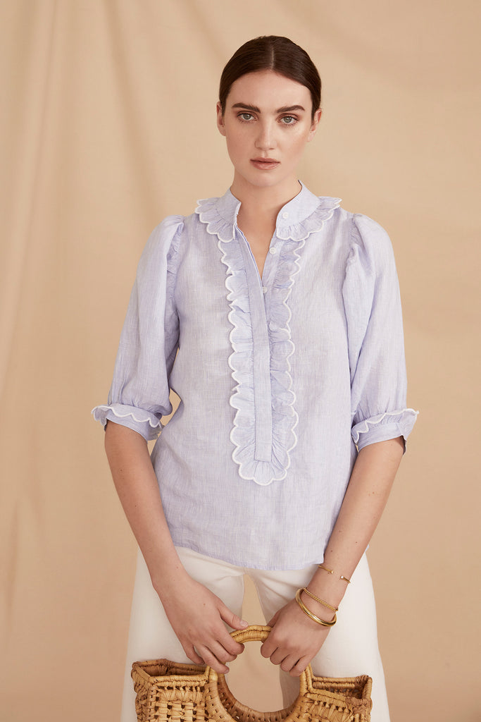 THE SCALLOP PUFF SLEEVE BLOUSE | Blue Linen Chambray