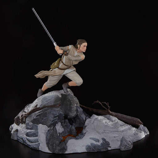 Star Wars - The Force Awakens - Black Series Centerpiece Rey Starkiller Base Duel Action Figure Set - Characters Co