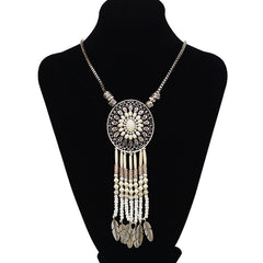 Ethnic Feather Motif Necklace