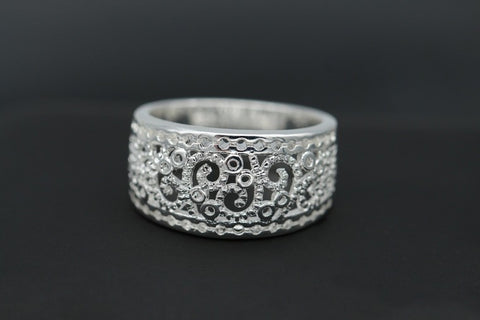 Flower design  Hollow ring