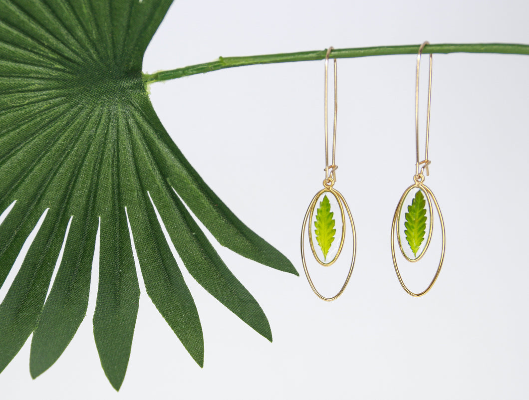 Turn a New Leaf Earring Set - Gold