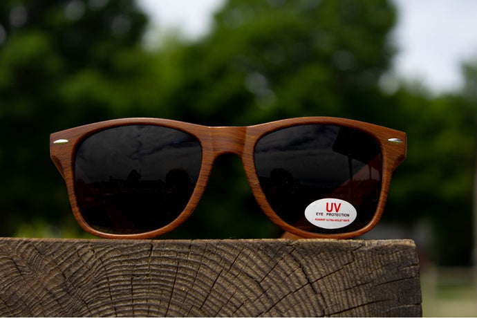 Wood Grain Iron Fish Sunglasses