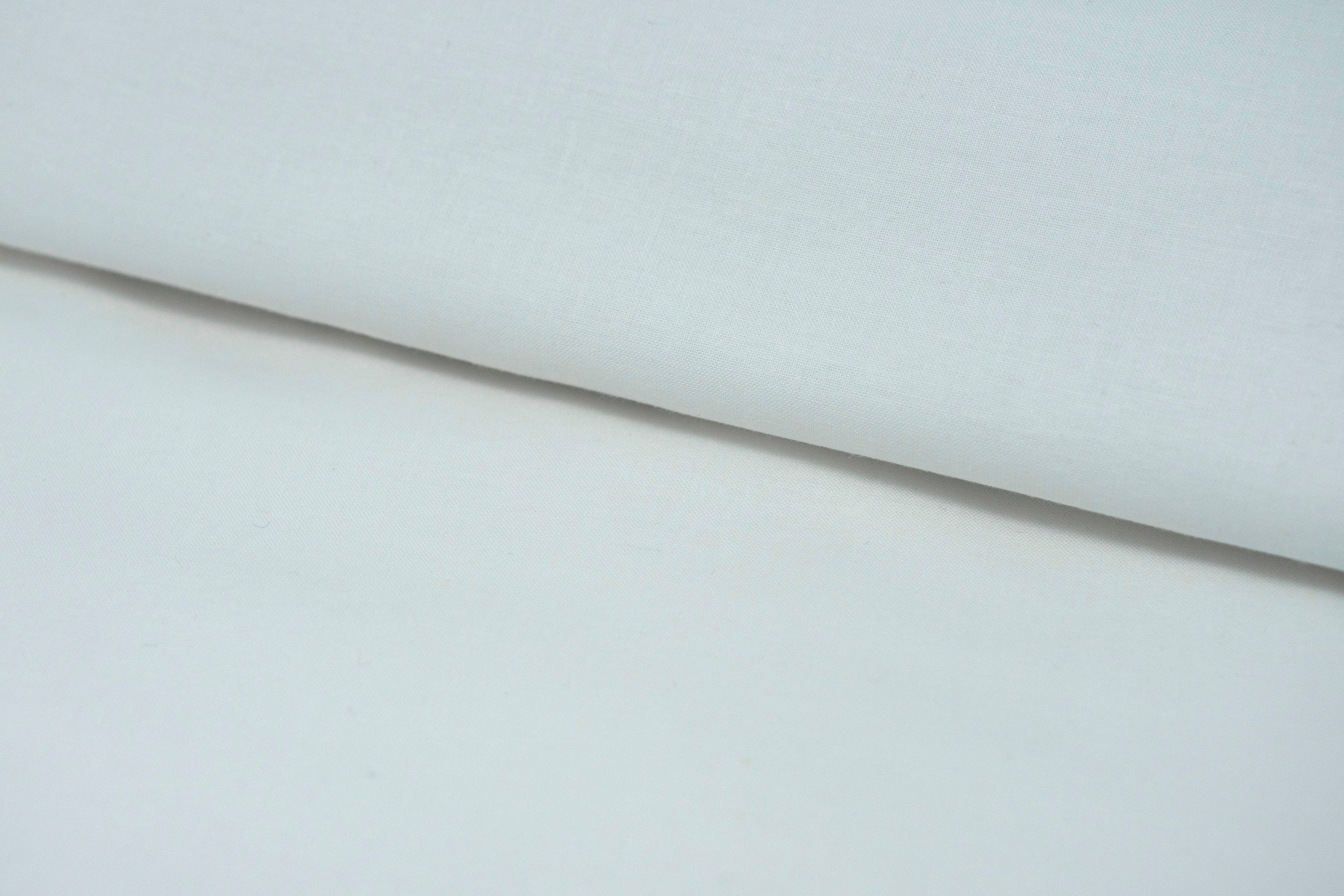 "100% Cotton 44/45"" Wide Solid Color Muslin, Bleached, White, by 2 Yards"